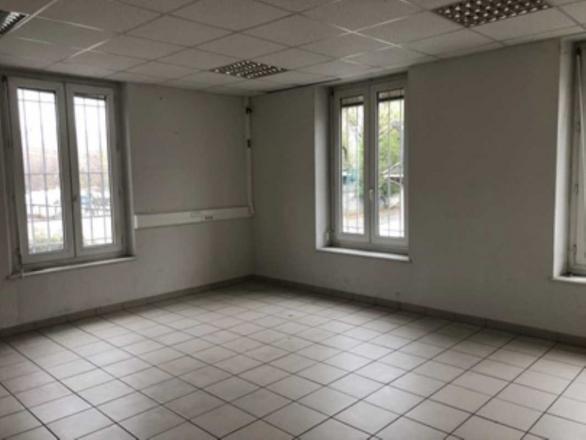 A LOUER - 27.0 m²