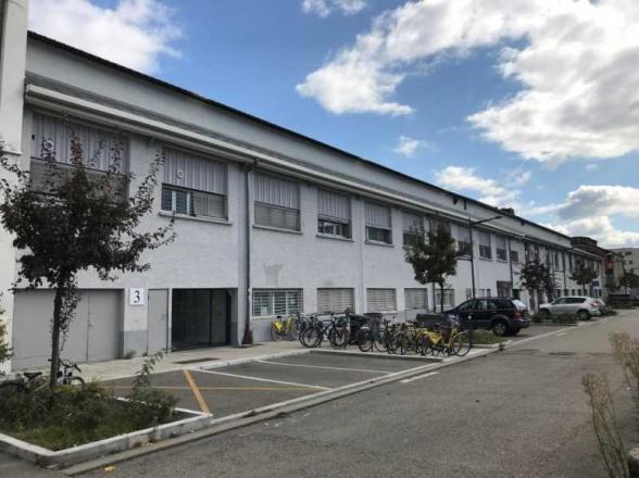 A LOUER - 240.0 m²