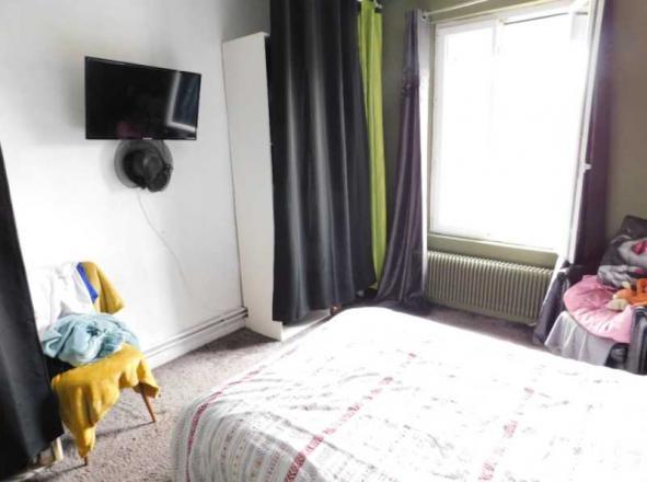 A VENDRE - 218.0 m²