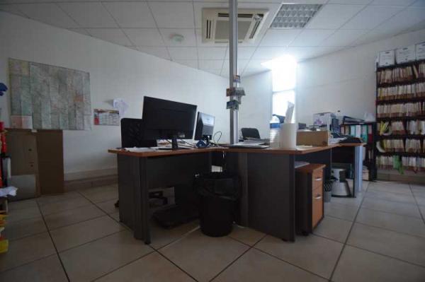 A LOUER - 309.0 m²