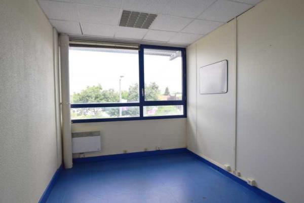 A LOUER - 307.5 m²