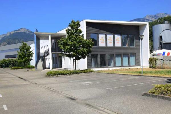 A LOUER - 741.0 m²