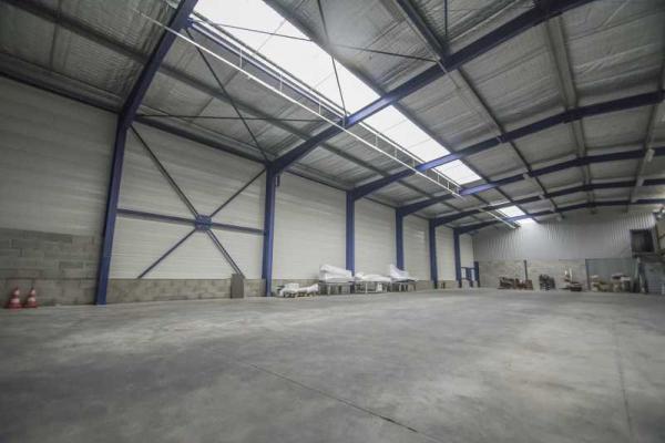 A LOUER - 1102.0 m²