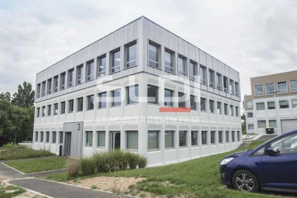 A LOUER - 350.0 m²