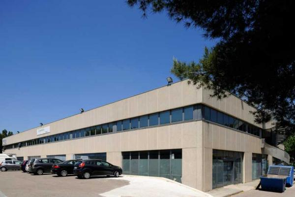 A LOUER - 1406.0 m²